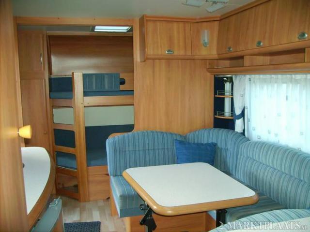 Caravan Met Stapelbed Te Koop.Hobby 560 Kmfe De Luxe 2006 Stapelbed Isab Voort 3 M Nwst